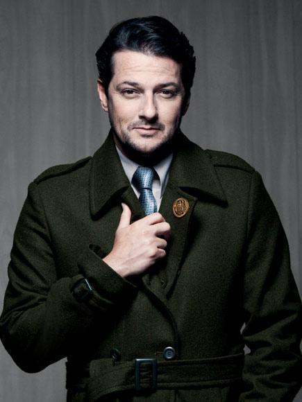 casaco sobretudo militar