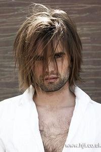 cabelo repicado grande masculino