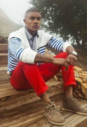 calça colorida vermelha como usar