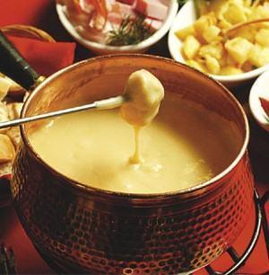 foto fondue de queijo