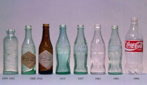 foto primeira garrafa da coca cola