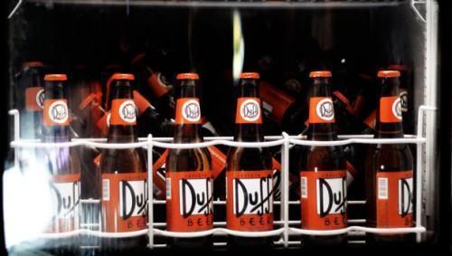 foto cerveja duff