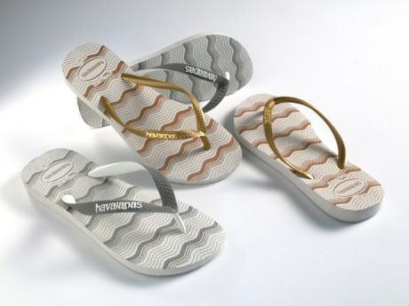 foto sandálias de praia