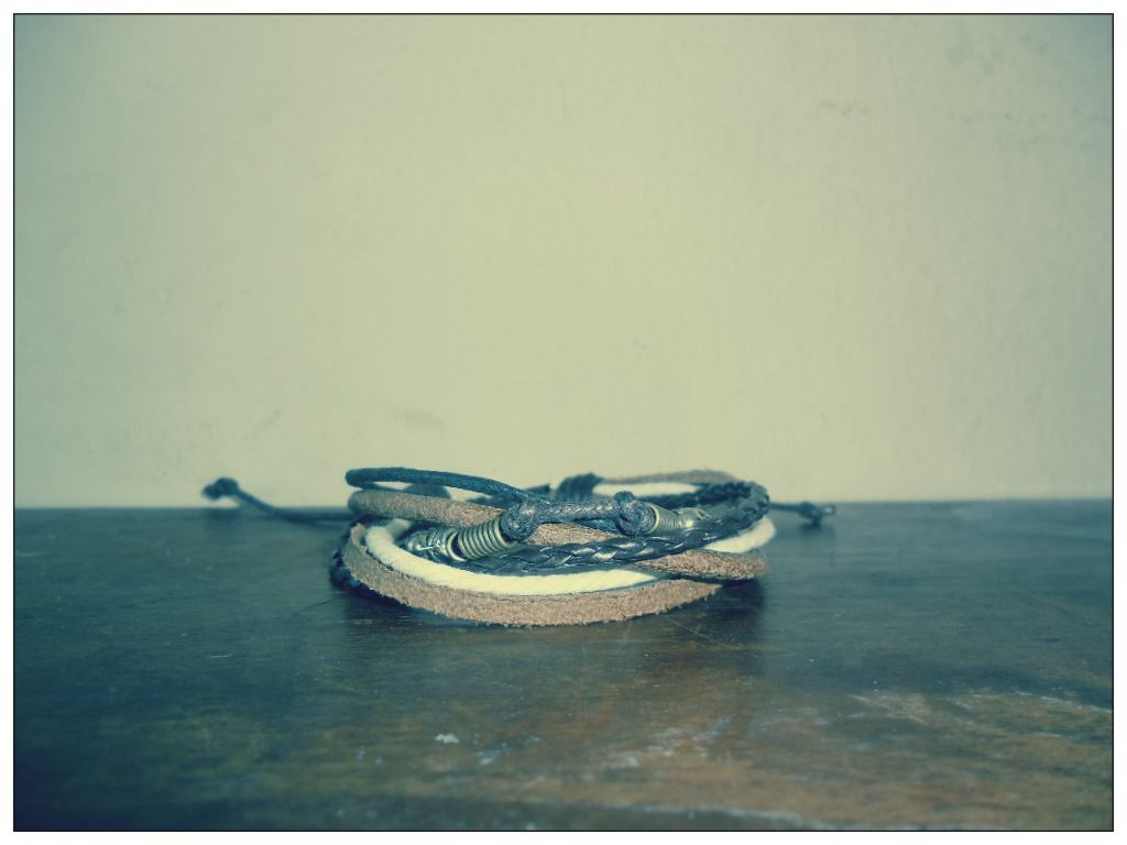bracelete de couro 3.jpg