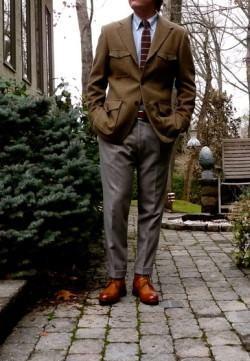 foto calça masculina afunilada