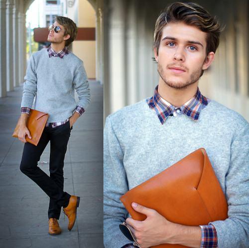 foto usando suéter masculino