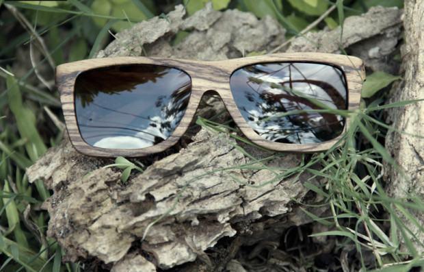 foto óculos de madeira yerik