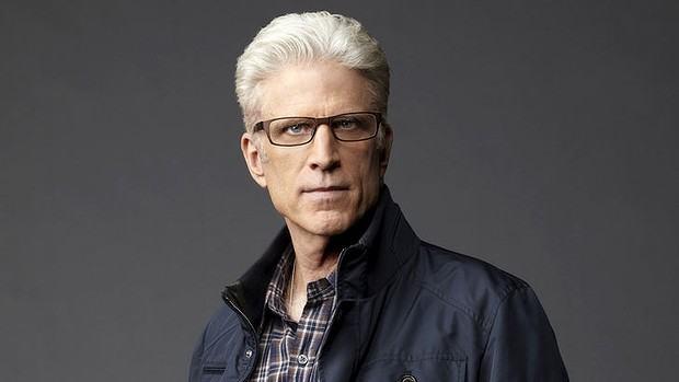 foto homem com cabelo grisalho