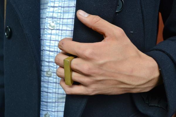 anel de dois dedos masculino
