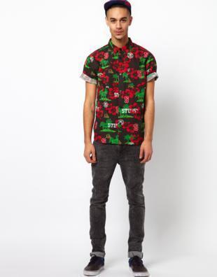 como usar camisa havaiana masculina