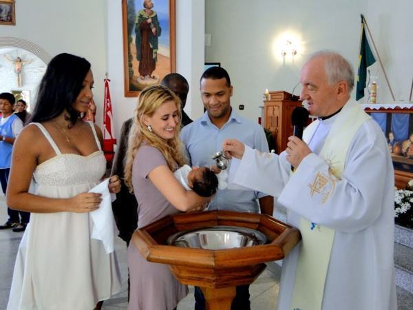 roupa batizado padrinhos e convidados