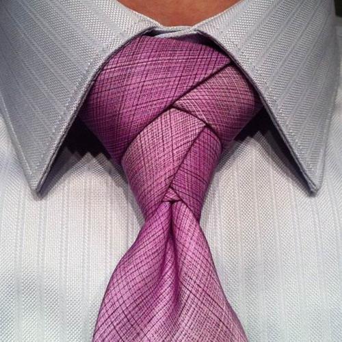 tipo de gravata diferente