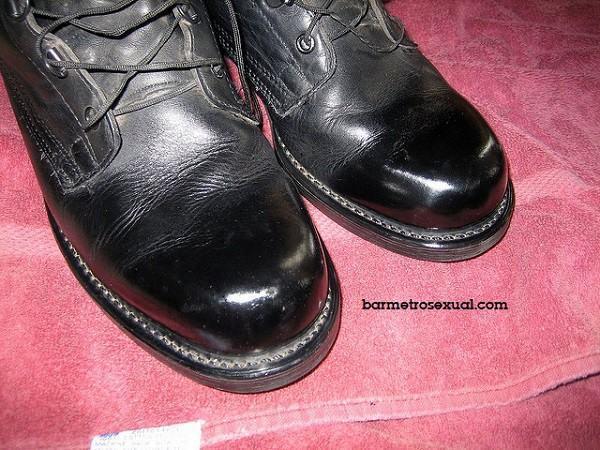 sapato engraxado