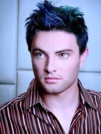 cabelo colorido azul homem