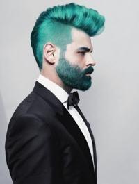 cabelo colorido verde homem