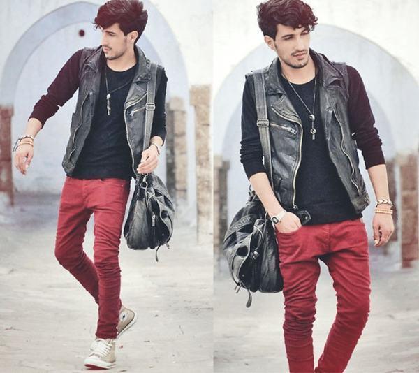 calça vermelha masculina look