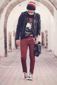calça vermelha masculina