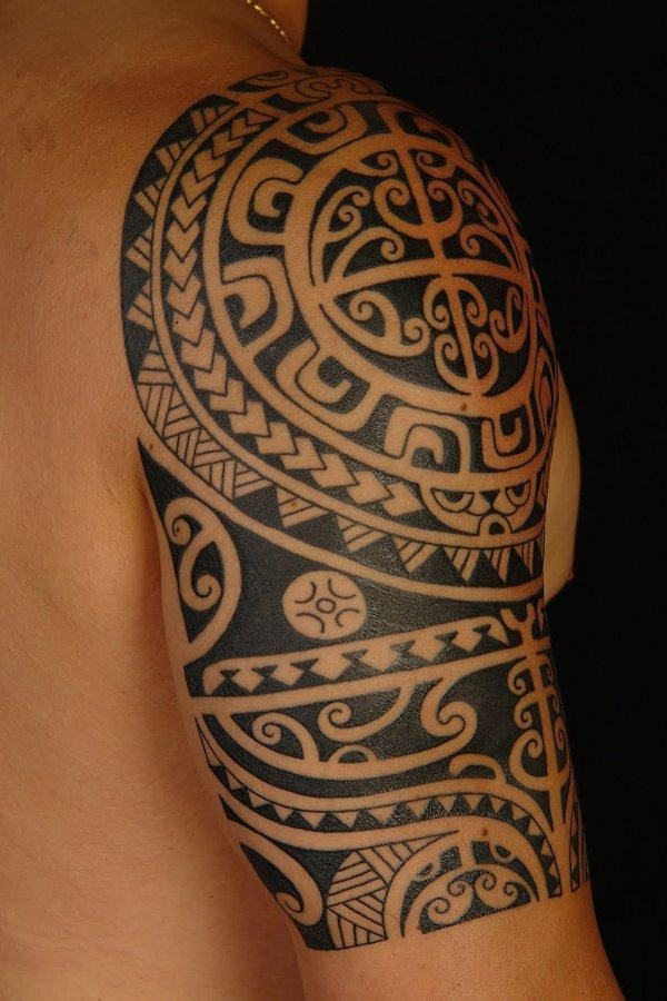 tatuagem tribal negro
