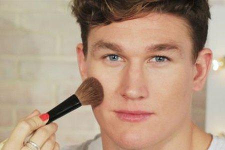maquiagem masculina para tv